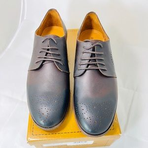 Robert Wayne Brown Oxford men's 9.5 shoes